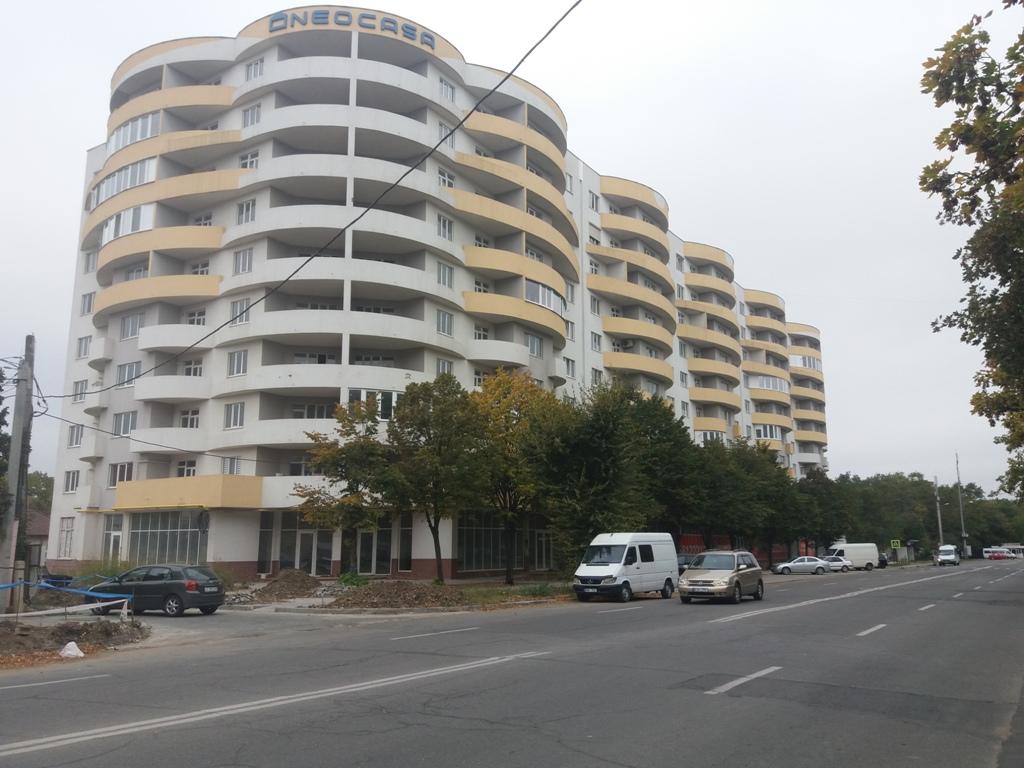 Lot de bunuri imobile locative/nelocative