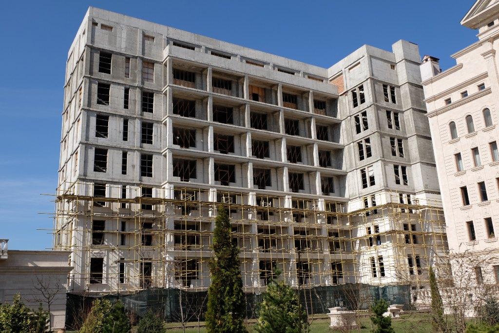 Constructie nefinalizata - Hotel