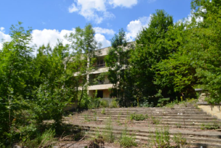 Teren pentru constructii (complex rezidential, constructii de agrement nefinalizate)